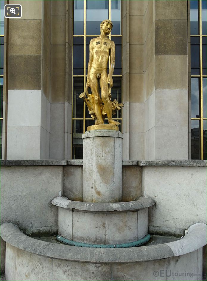 Palais Chaillot Golden Statue The Gardener