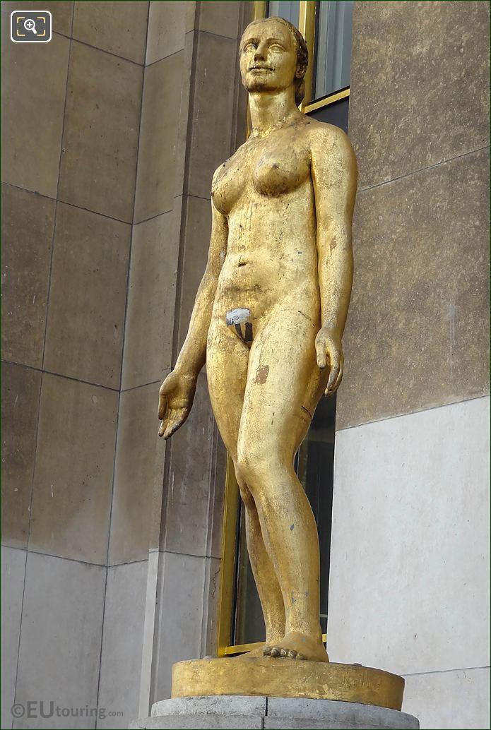 Palais Chaillot Statue Le Printemps