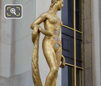 RHS Palais De Chaillot Flore Statue