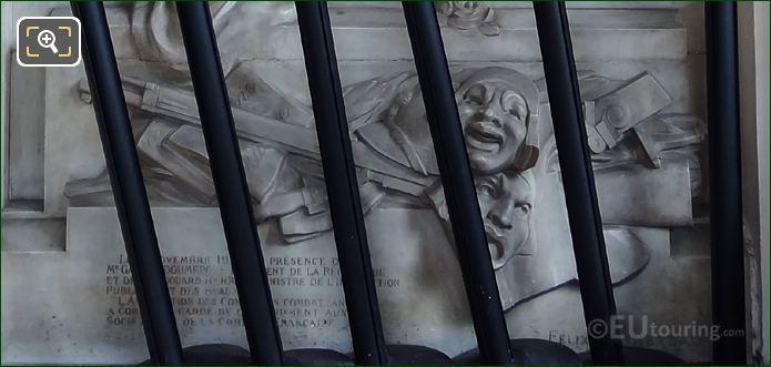 Pedestal Inscription On Monument To Aux Comediens Morts Pour La France
