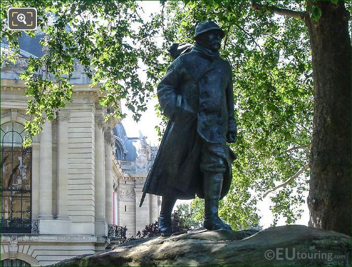 Petit Palais Georges Clemenceau Statue