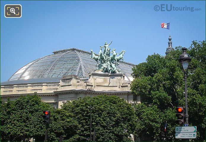 L Harmonie Triomphant De La Discorde And Glass Roof