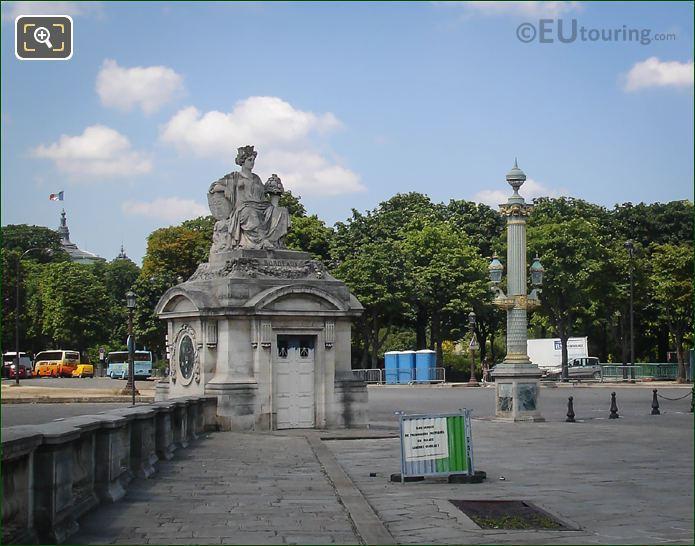 Bordeaux Statue Place De La Concorde