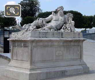 The Jardin Des Tuileries Nile Statue