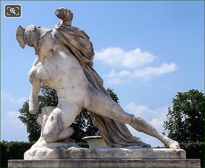 Tuileries Alexandre Combattant statue