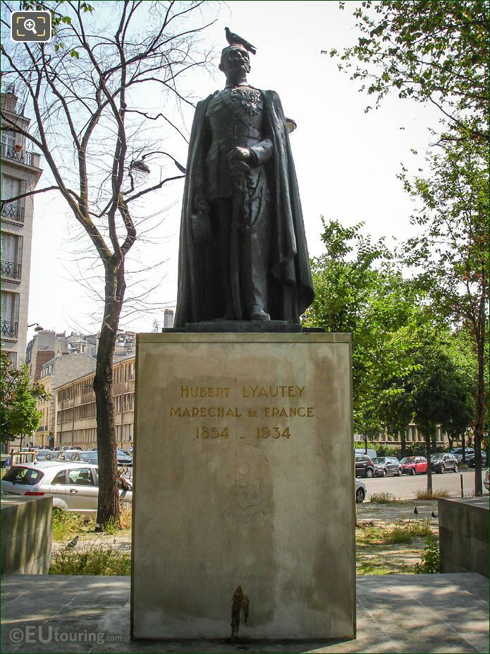 Hubert Lyautey Statue Paris