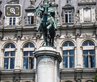 Etienne Marcel Statue With Its Pedestral