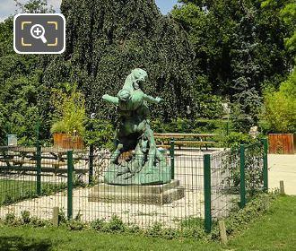 Denicheur d Oursons Statue In Jardin Des Plantes