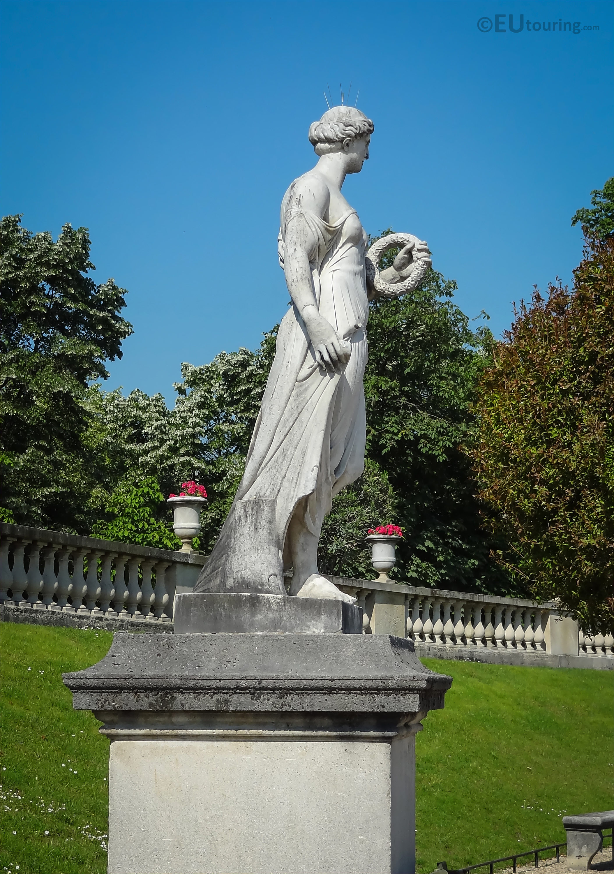 Photos Of Goddess Of Flowers Statue In Luxembourg Gardens