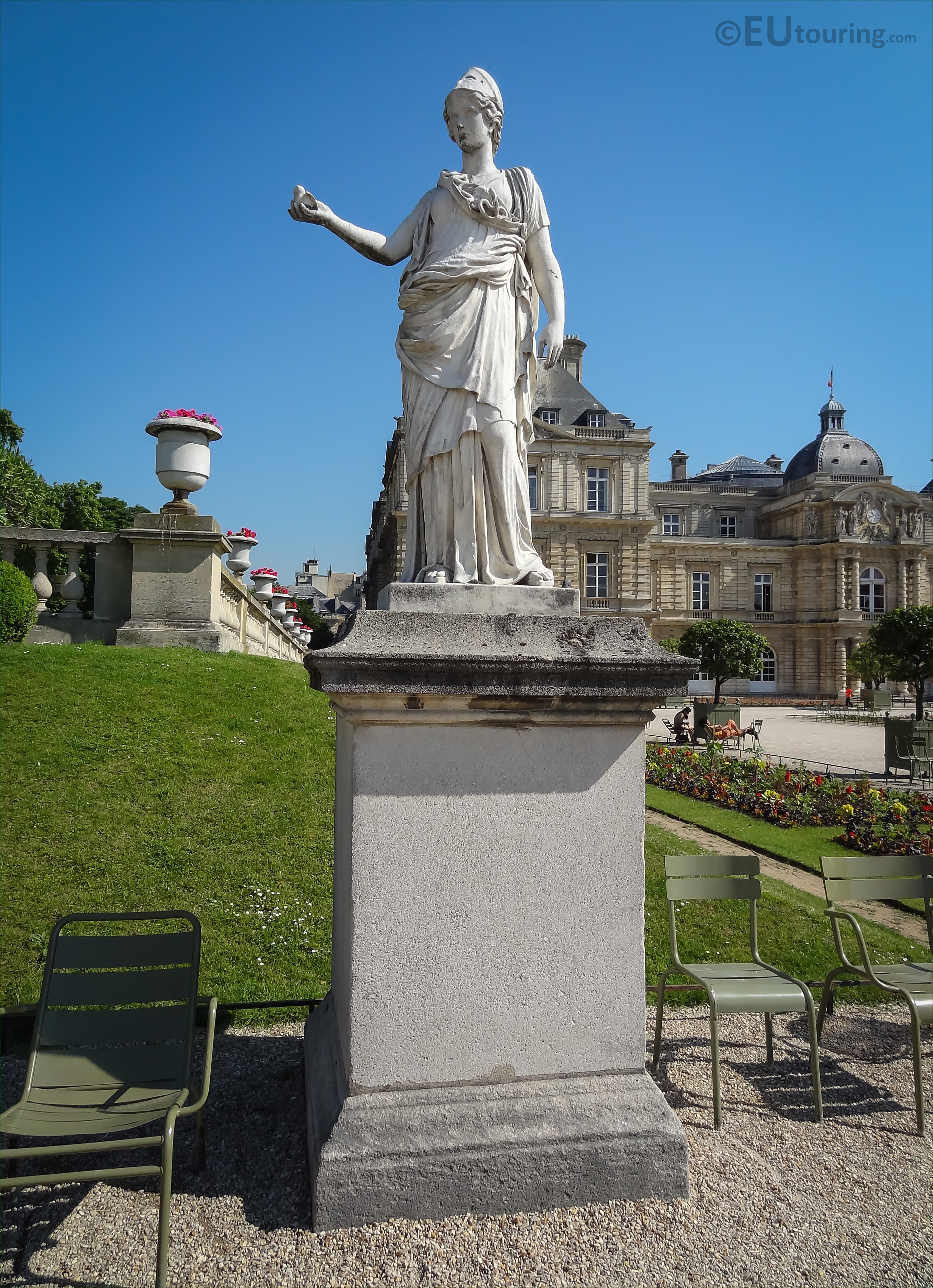 Minerva the goddess of wisdom statue in luxembourg gardens page 449 - Statue jardin ...