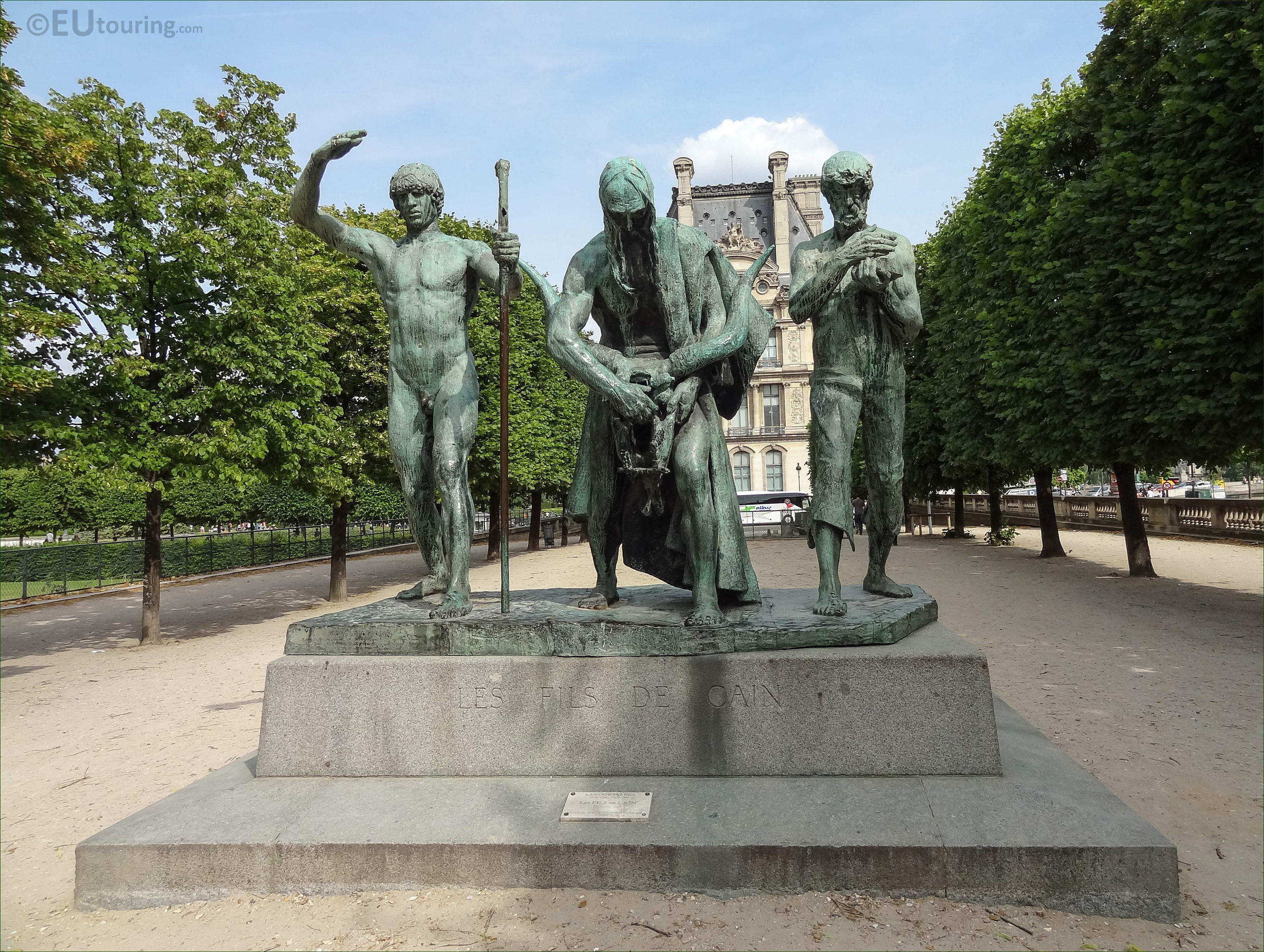 les fils de cain statue group in jardin des tuileries. Black Bedroom Furniture Sets. Home Design Ideas