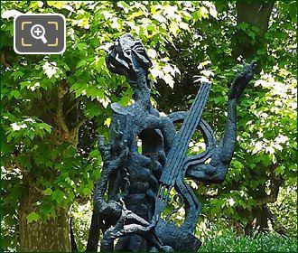 Le Poete Statue In Jardin Du Luxembourg