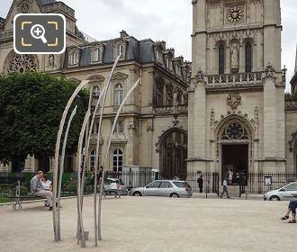 Hautes Herbes Sculpture Place Du Louvre