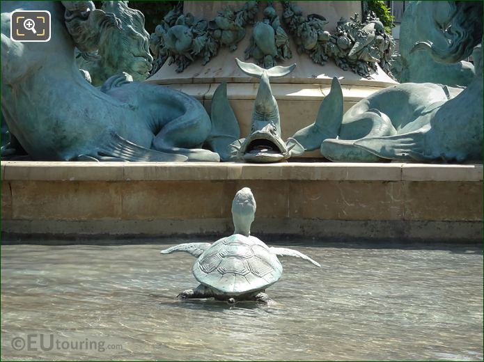 Jardin Des Grands Explorateurs Turtle Statue