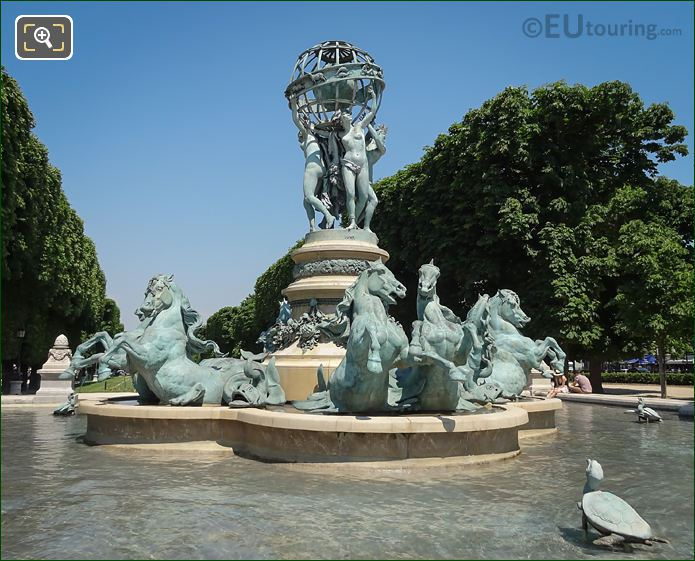 Water Fountain With Horse Statues Paris