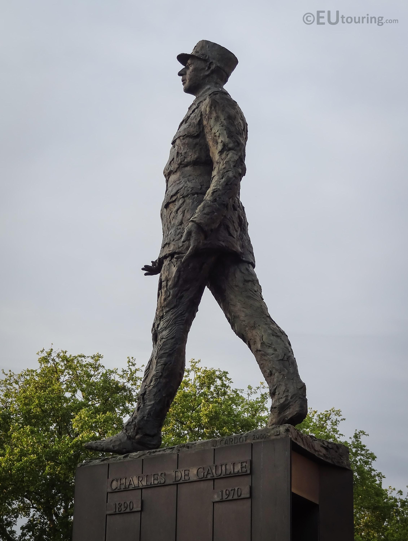 Photos of Charles de Gaulle statue at Place Clemenceau Paris - Page 349