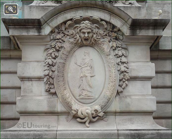 La Science En Marche En Depit De l'Ignorance Statue Pedestal