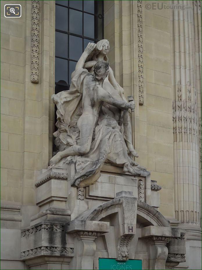 Front And Right Hand Side Of L'Art Et La Nature Sculpture