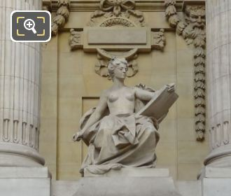 L'Art Contemporain At The Grand Palais