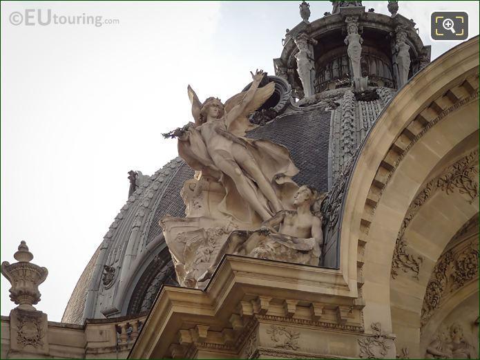 Le Genie De La Peinture Statue Petit Palais Western Roofline