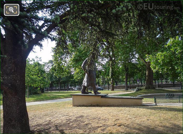 Petit Palais Statue Winston Churchill
