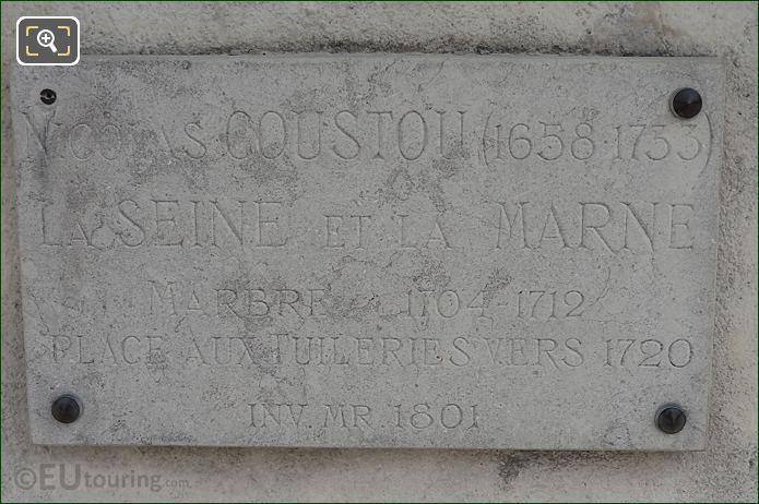 Tourist Info Plaque La Seine Et La Marne Statue