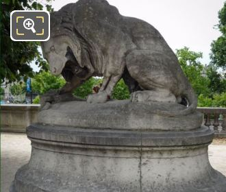 Lion And Snake Statue In Jardin Des Tuileries