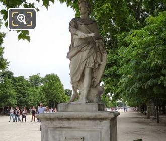 Tuileries Gardens 1722 Statue Of Julius Caesar