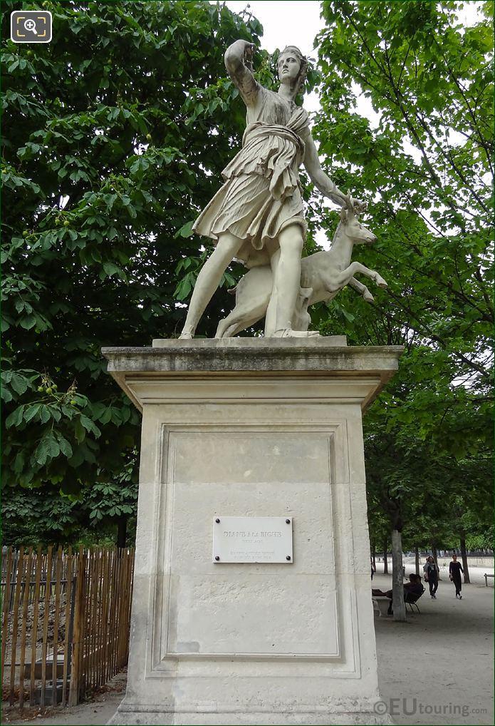 Goddess Of The Hunt Statue Diane A La Biche