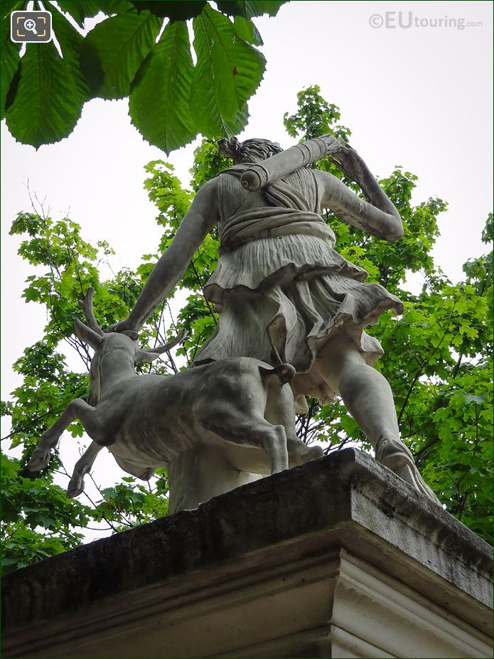 Back View Of Goddess Of The Hunt Statue Diane A La Biche