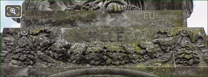 Lille Inscription On Statue Base