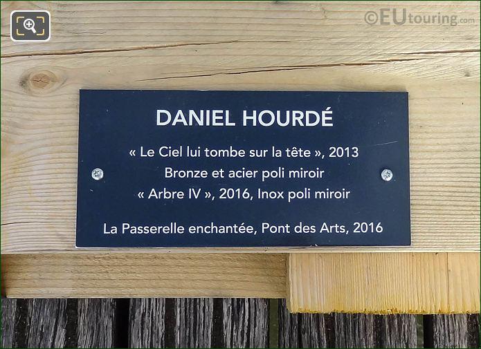 Info Plaque Le Ciel Lui Tombe Sur La Rete Sculpture