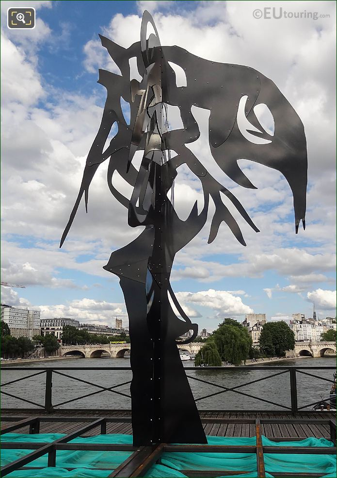 Arbre I Sculpture The Enchanted Footbridge Exhibition Paris