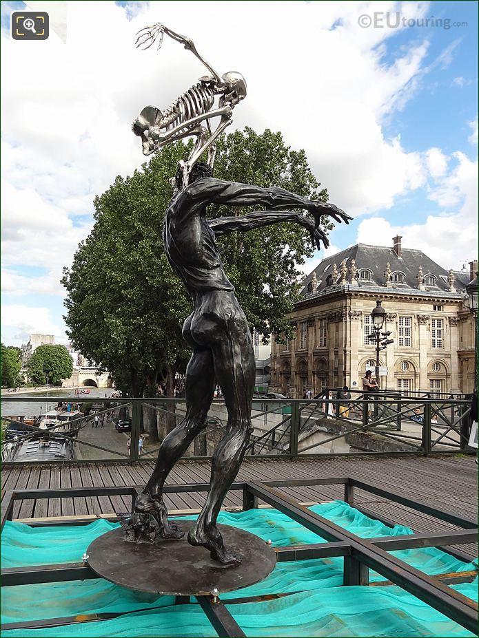 RHS Colin Maillard Sculpture