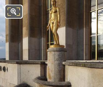 LHS Le Printemps Statue Palais De Chaillot