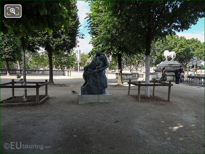 Terrace De l'Orangerie With The Kiss Statue