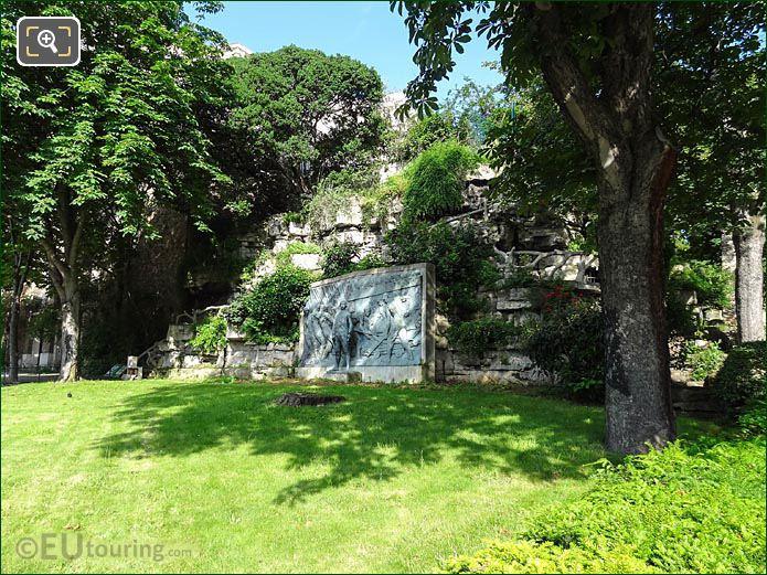 Jardins Trocadero SW Corner Monument Amiral De Grasse