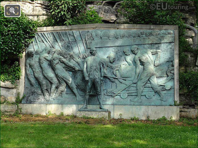 Monument Amiral Grasse In Jardins Trocadero