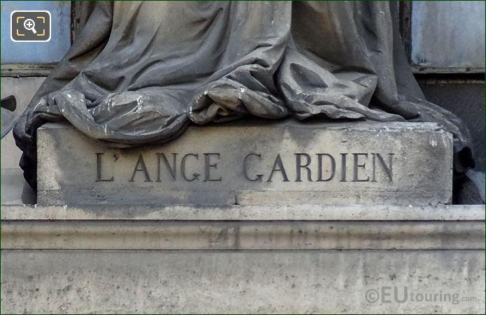 L'Ange Gardien Inscription Pedestal