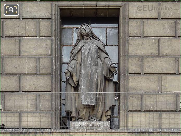 Saint Therese Statue On Eglise De La Madeleine