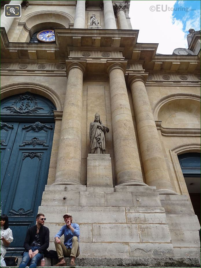 South Facade Of Eglise Saint-Roch With Saint Honore Statue