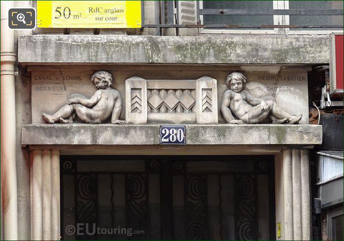 Sculptured Cherubs At 280 Rue Saint Honore In Paris