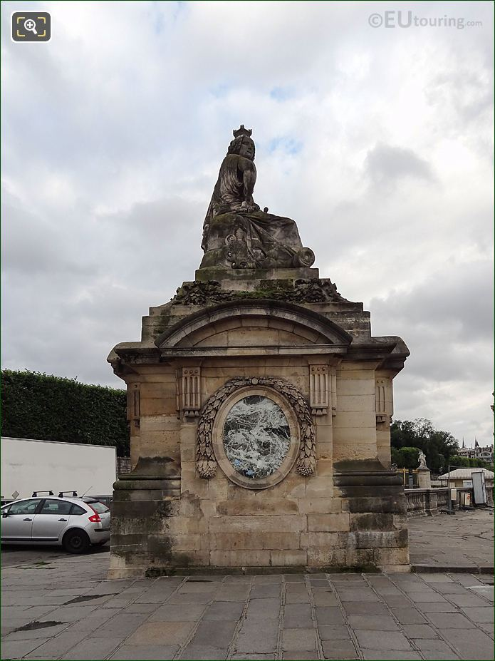 Right Hand Side Of Pavilion Guardhouse With Strasbourg Statue