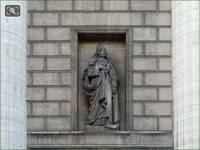 Saint Jeanne De Valois Statue On Eglise Madeleine