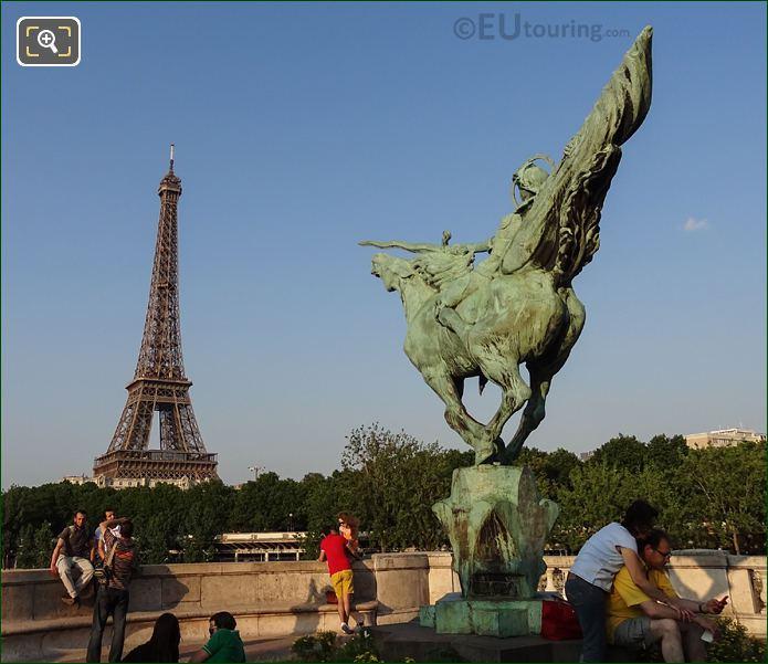 Monument De La France Renaissante With The Eiffel Tower