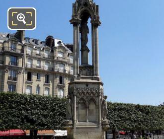 Notre Dames Fontaine de la Vierge