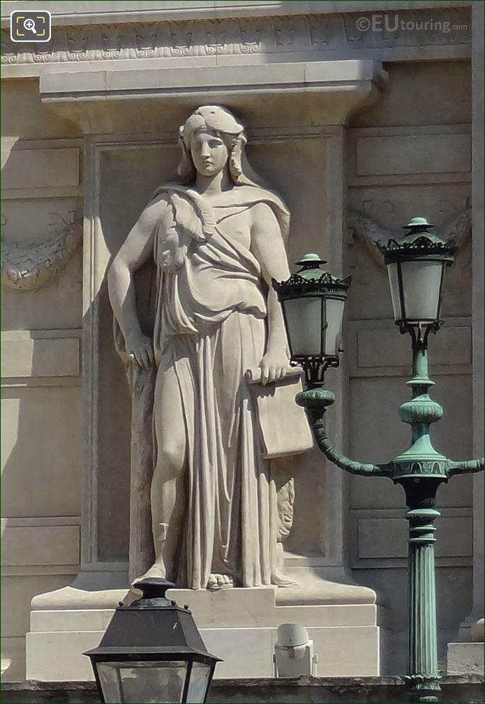 Statue On Palais De Justice