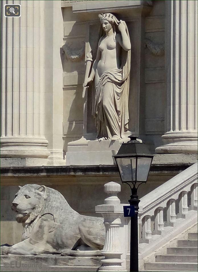 La Verite Statue At Palais de Justice