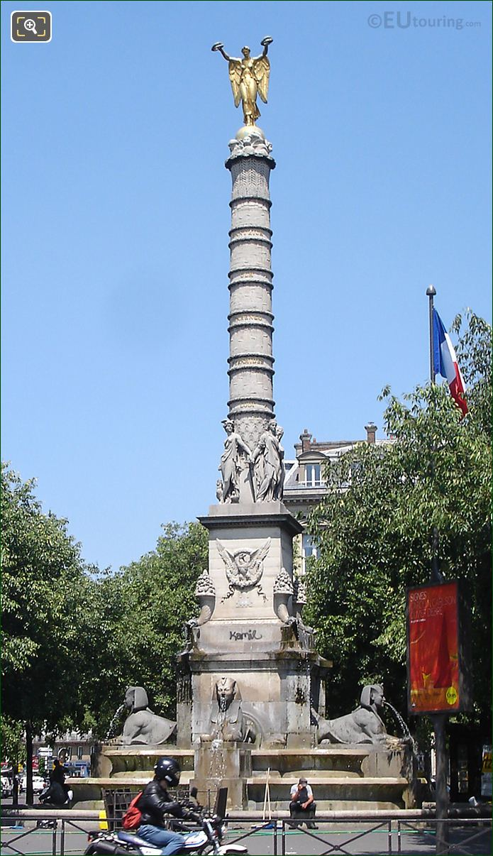 Fontaine Du Palmier With Its Golden Victoire Statue