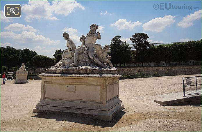 La Loire Et Le Loiret Statue On Pedestal